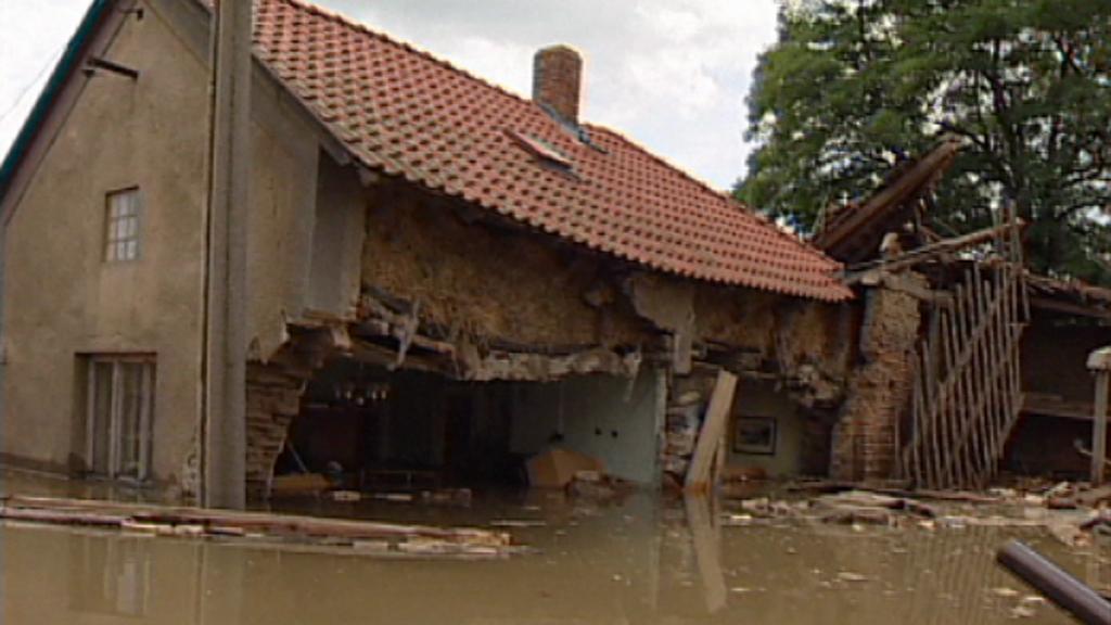 Zálezlice - povodně v roce 2002