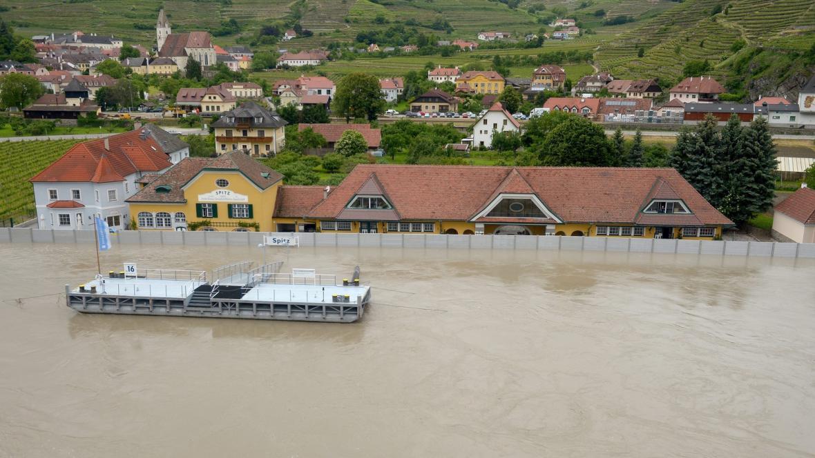 Povodně v rakouském Spitzu