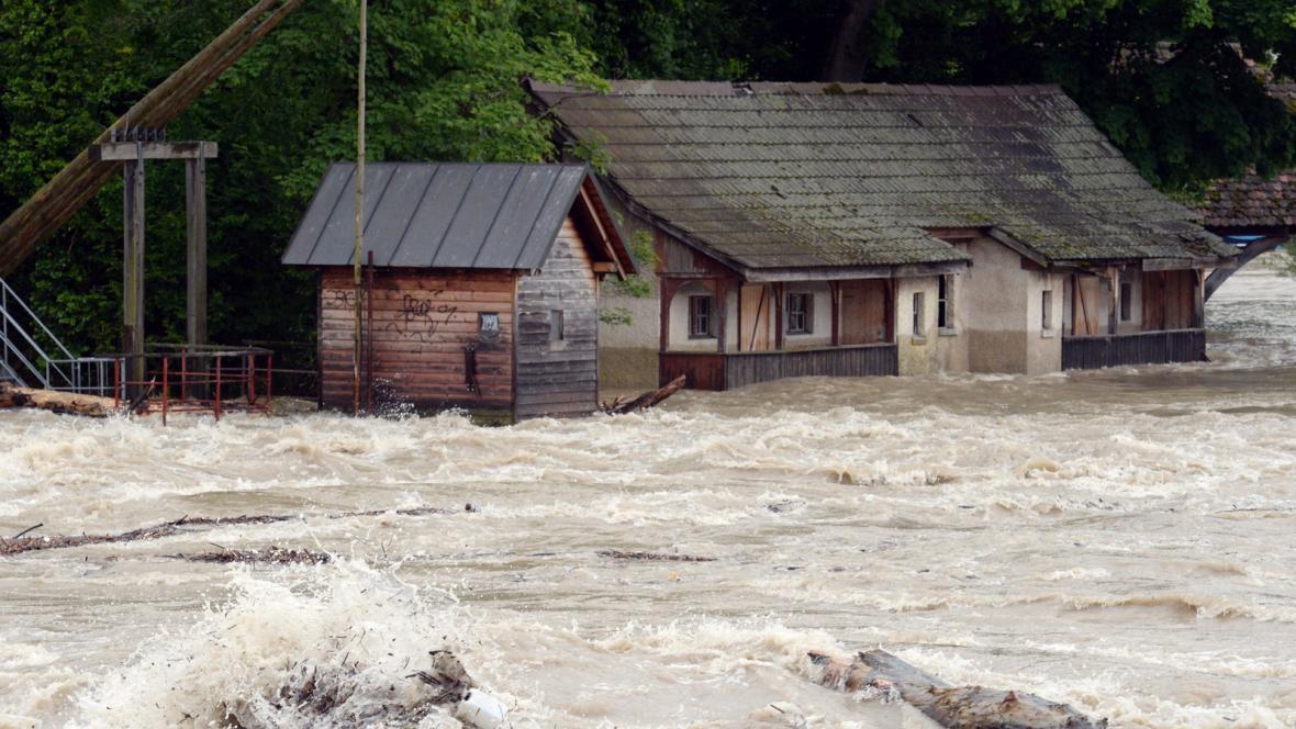 Povodně v německém Rheinfeldenu