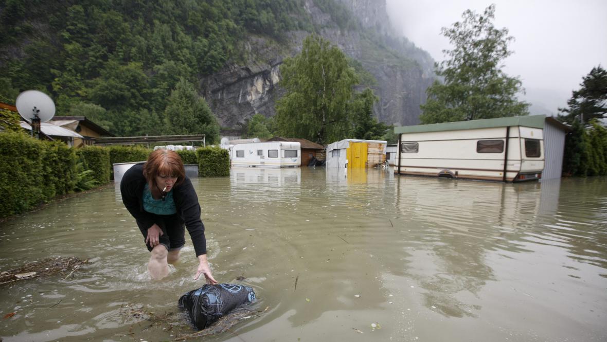 Velká voda u švýcarského Seewenu