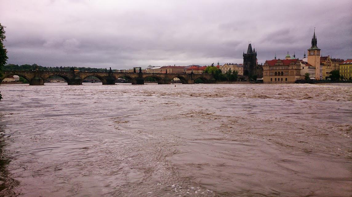 Vltava v Praze - 2. 6. 2013