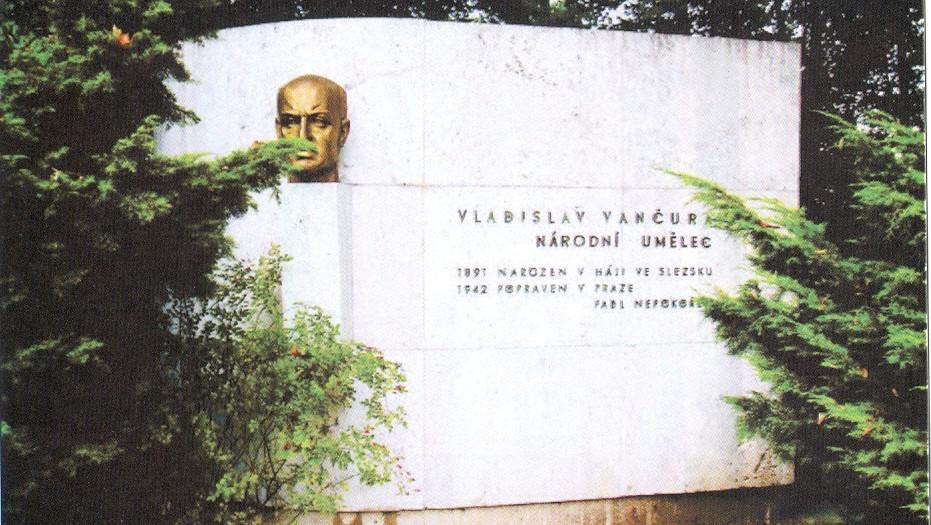 Pomník Vladislava Vančury