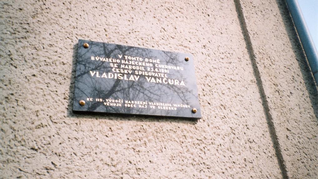 Pamětní deska Vladislava Vančury