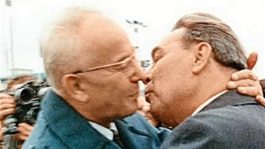 Gustáv Husák a Leonid Iljič Brežněv