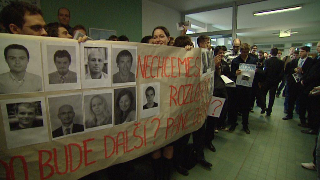 Protesty proti vedení Národohospodářské fakulty