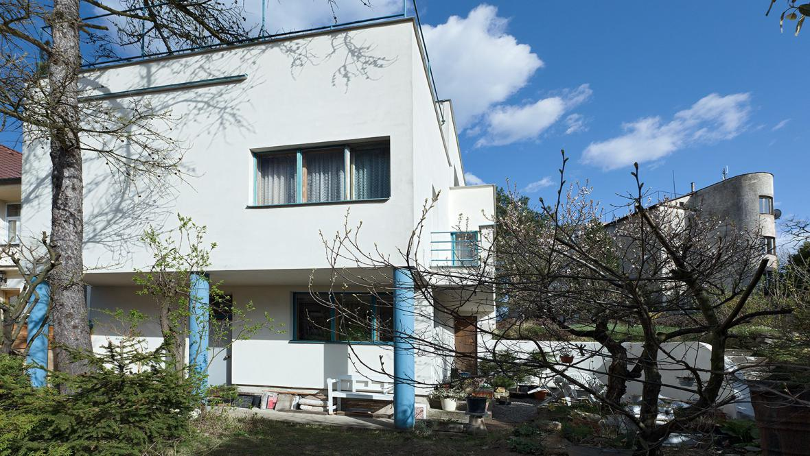 Slavíkova vila