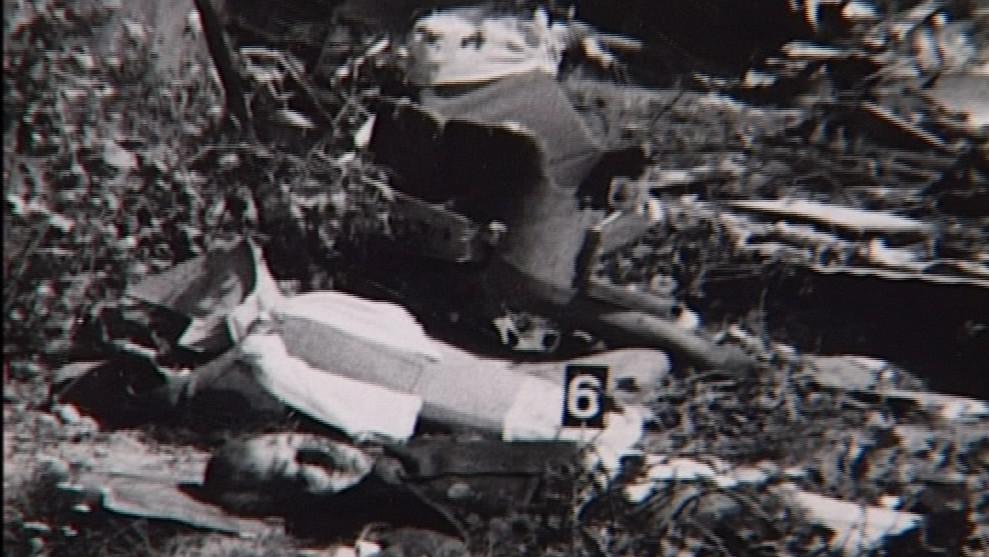 Při havárii zahynulo třináct lidí