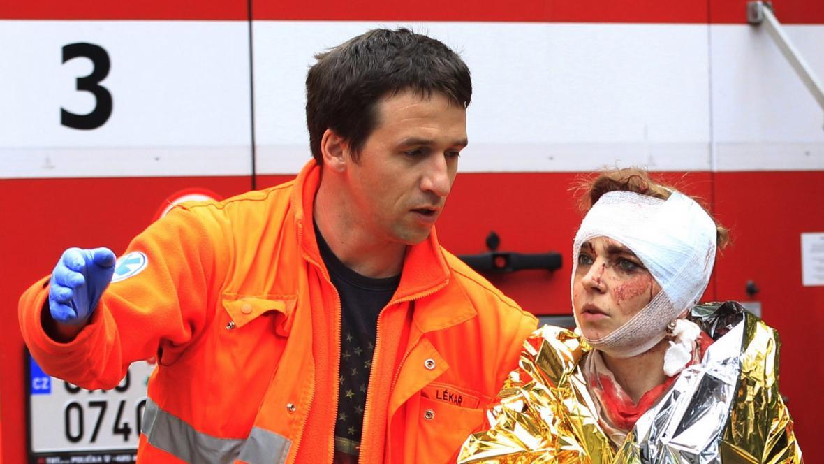 Zranění po výbuchu v Divadelní ulici