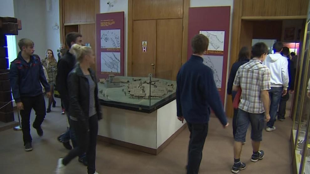 Výuka studentů v Moravském zemském muzeu