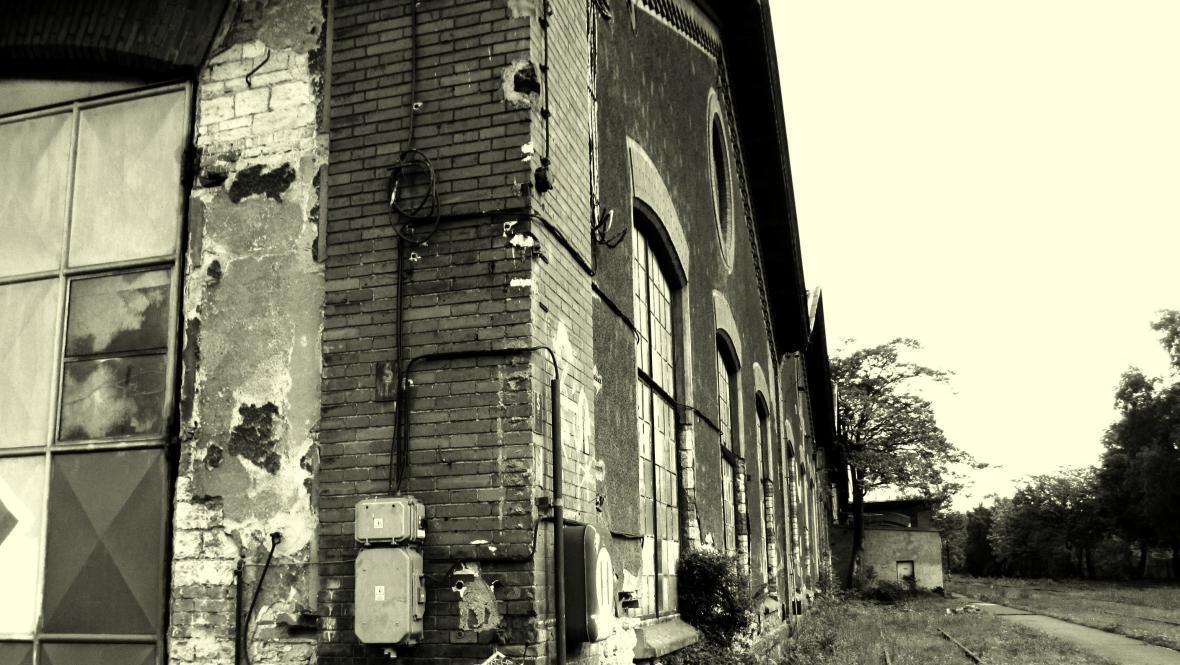 Bývalé železniční opravny a strojírny v Praze Bubnech