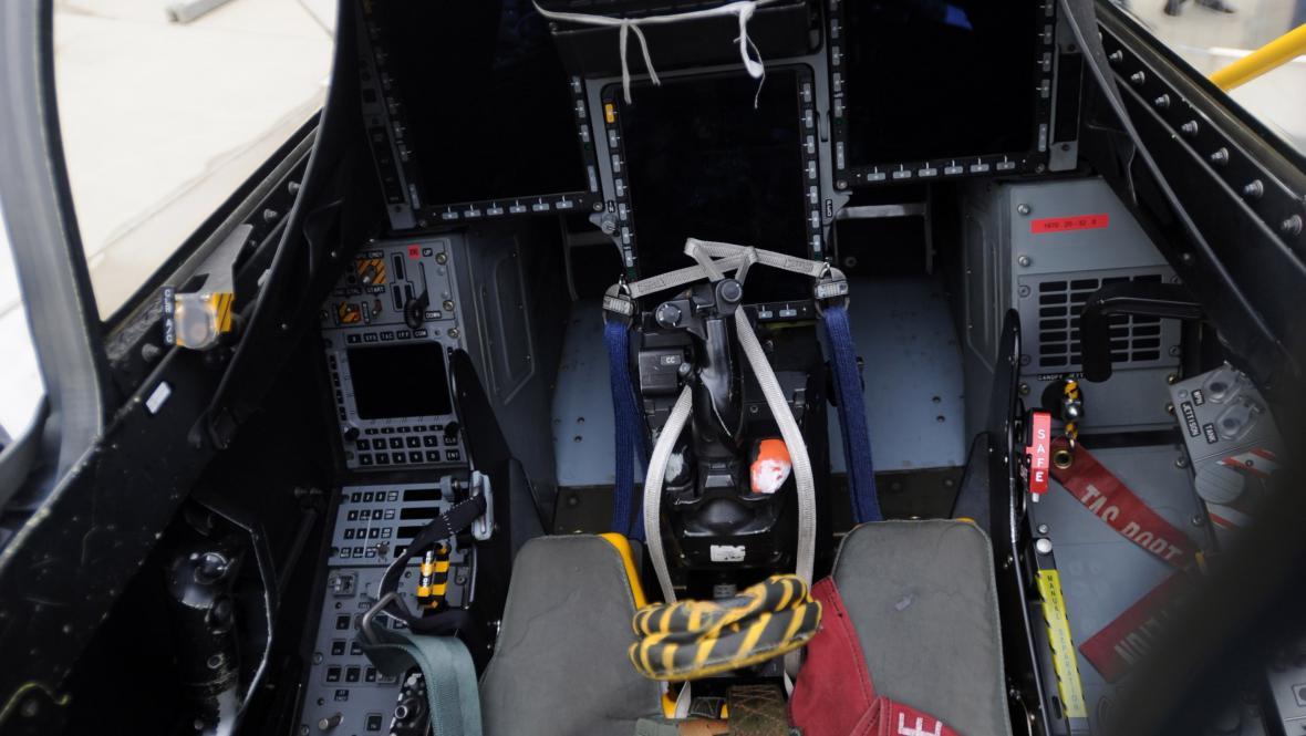 Palubní deska letounu Jas-39