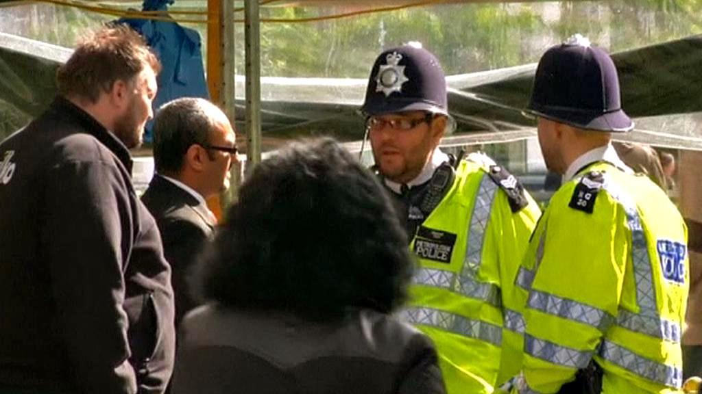 Policejní hlídky v ulicích Londýna