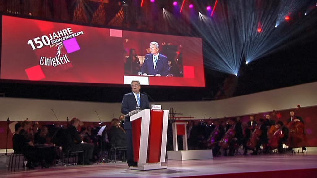 Joachim Gauck při projevu na shromáždění k výročí založení SPD
