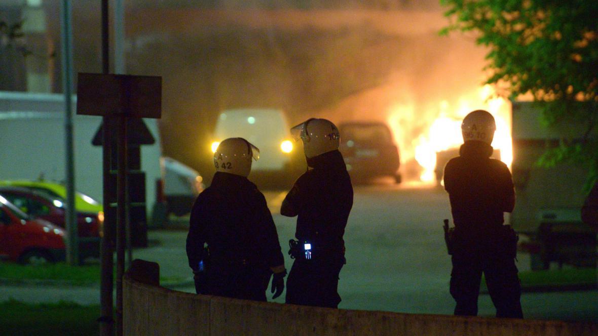 Nepokoje na předměstí Stockholmu