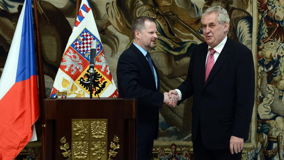 Ministr školství Petr Fiala a prezident Miloš Zeman