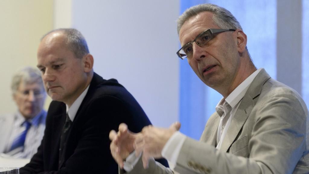 Primář Petr Neužil a vedoucí lékař ambulance srdečního selhání Filip Málek