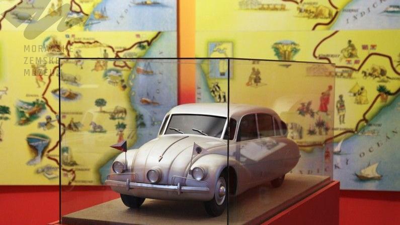 Expozice připomíná i cestovatele Hanzelku a Zikmunda