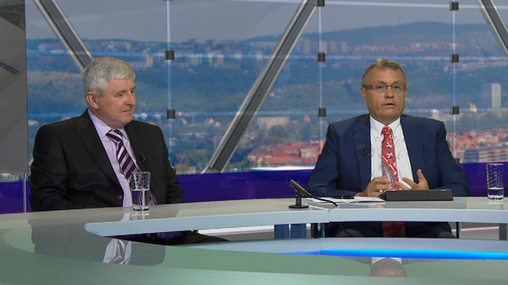 Jiří Rusnok (vlevo) a Vladimír Dlouhý v OVM