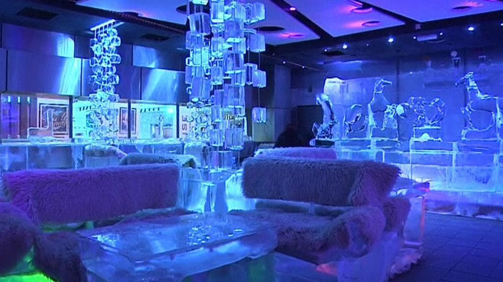 Ledový bar v Dubaji