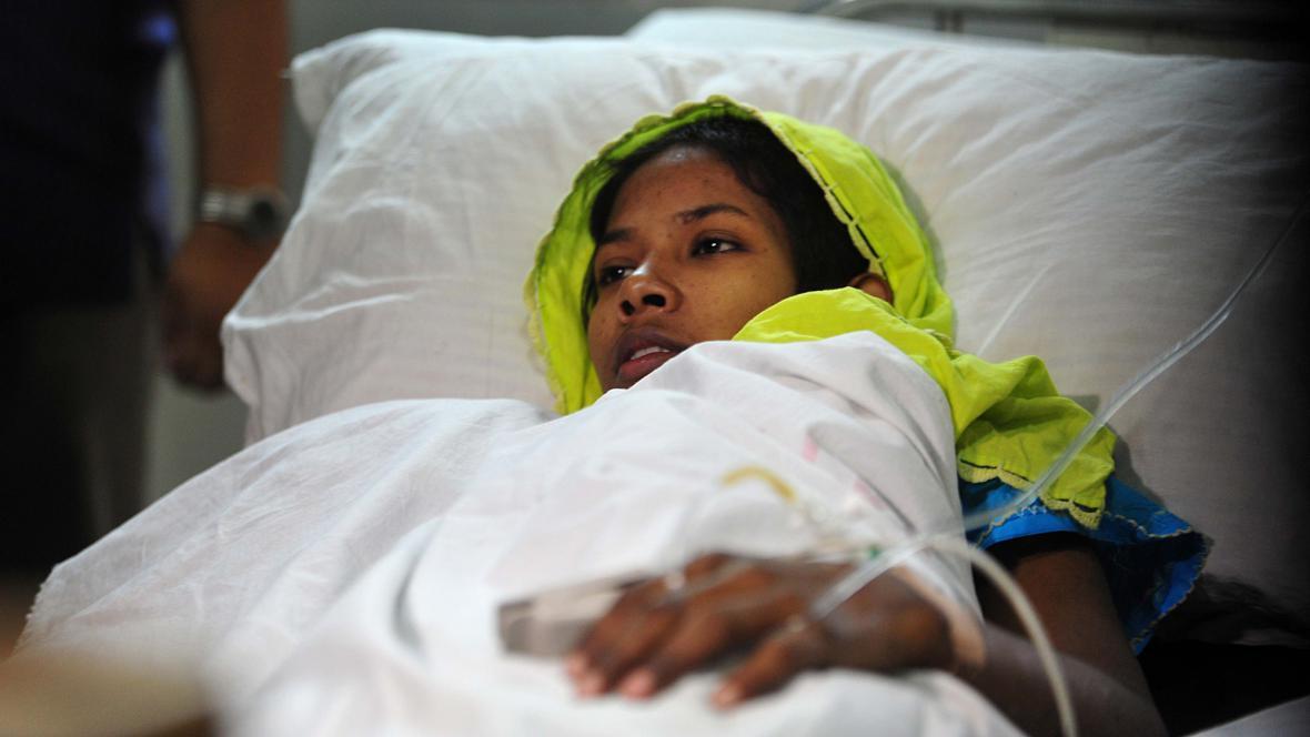 Žena, která přežila 17 dní v troskách, se zotavuje