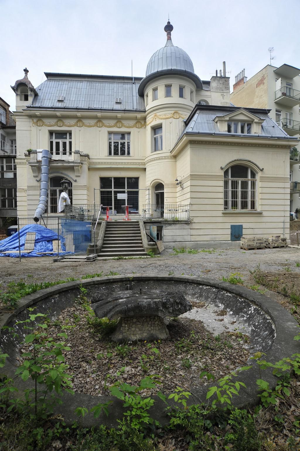 Löw-Beerova vila