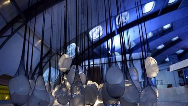 PIP show - výstava vadných implantátů