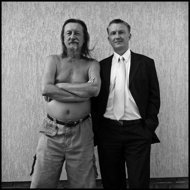 Jiří Hanke, Jiří Hanke, 1944 a syn Michael Hanke, 1972, z cyklu Otisky generace, 2009