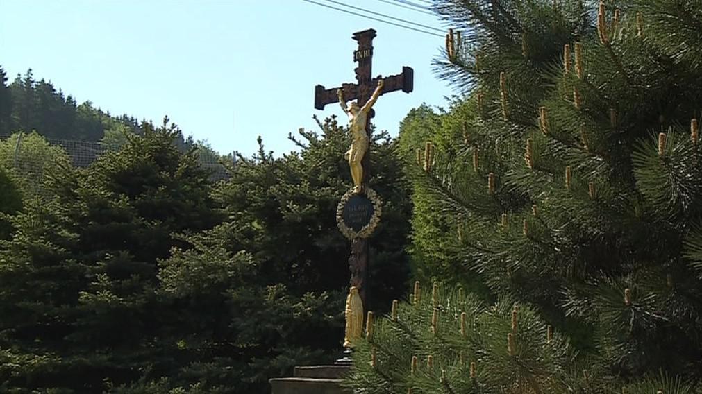 Jeden z opravených křížků v Šebrově na Blanensku
