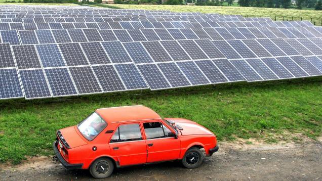 Solární elektrárna