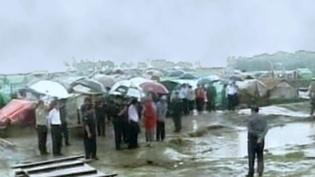 Barma evakuuje před cyklonem Mahasen