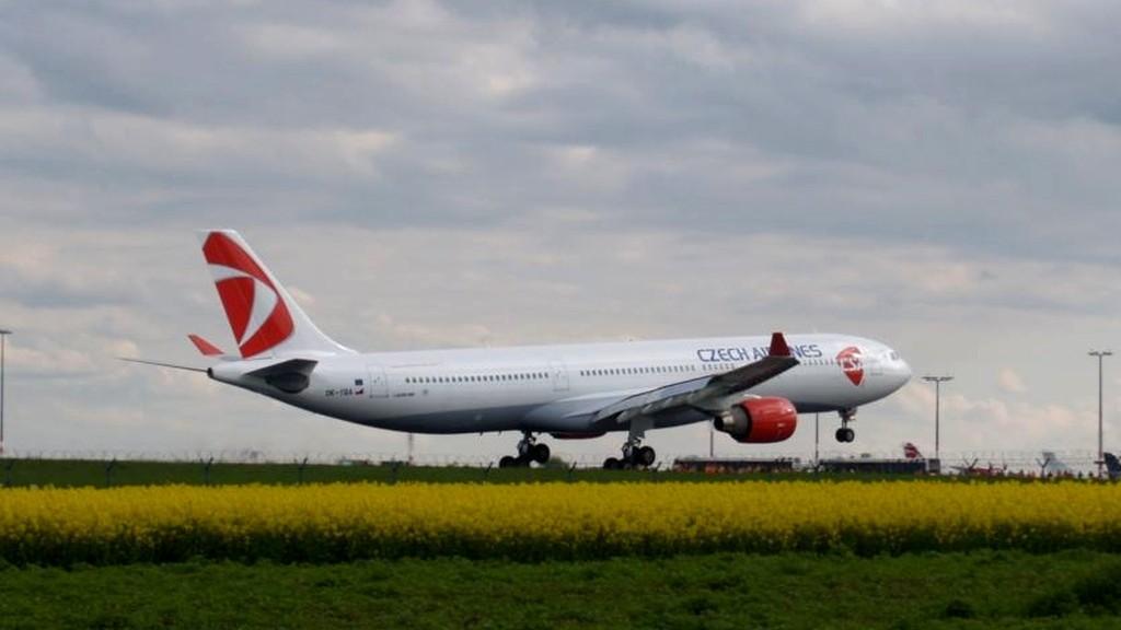 Airbus A330-300 v barvách ČSA