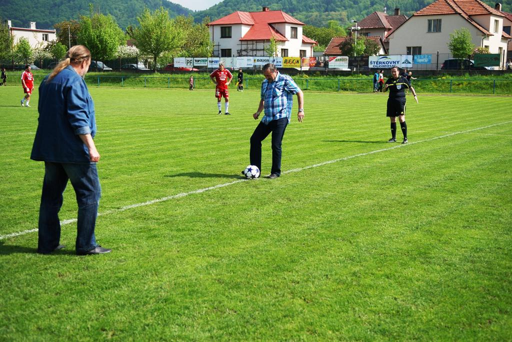 Oslava 100 let SDH v Třemošnici - fotbal s Amforou