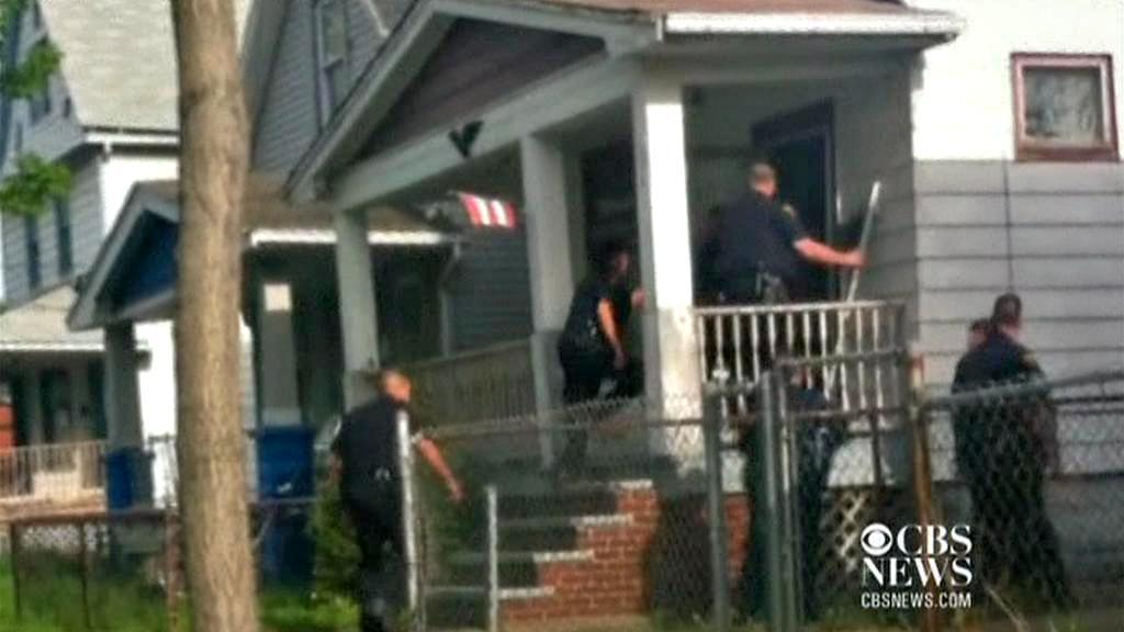 Policejní zásah v domě Ariela Castra