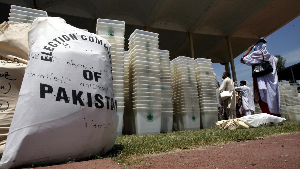 Pákistán se připravuje na parlamentní volby