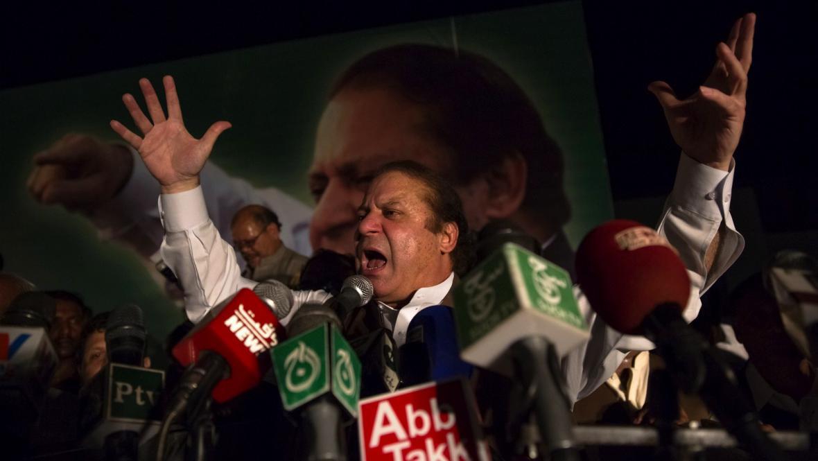 Bývalý pákistánský premiér Naváz Šaríf