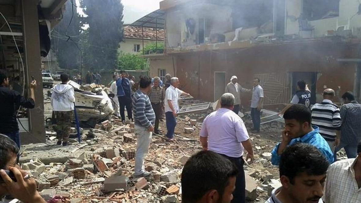 Následky exploze v tureckém Reyhanli
