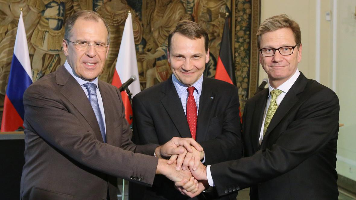 Sergej Lavrov, Radoslaw Sikorski a Guido Westerwelle