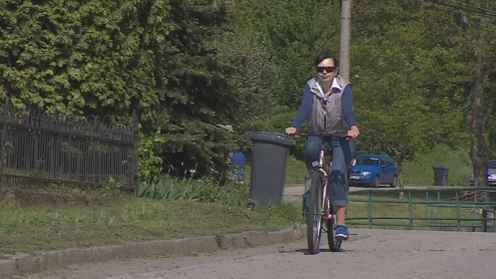 Knihovnice Jarmila Urbánková rozváží lidem knihy až domů