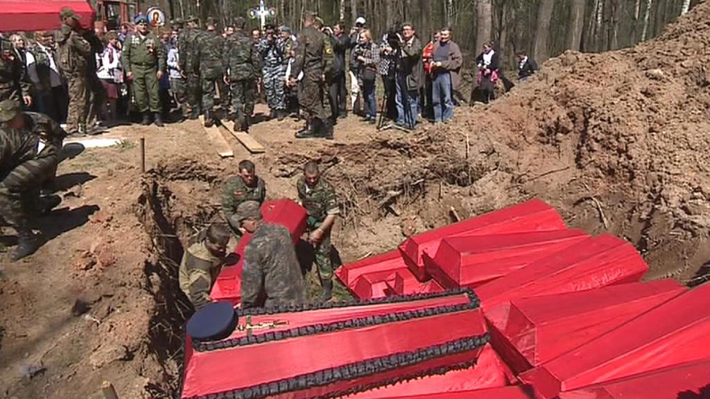V Syčovce pohřbili ostatky padlých vojáků