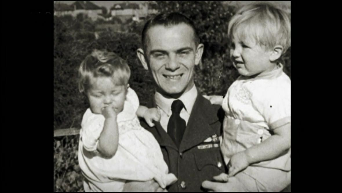 Josef Horák s dětmi