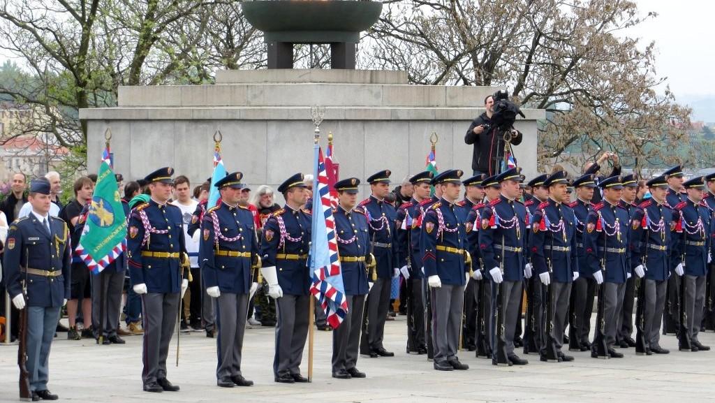 Vojenská přehlídka na Vítkově