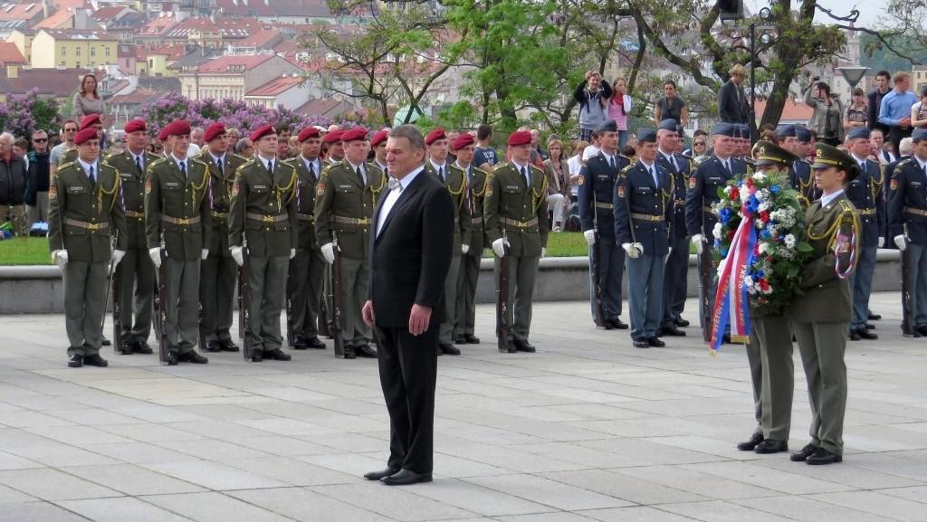 Primátor Sobotka při pietním aktu na Vítkově