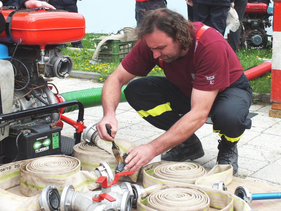 Okrsková soutěž v požárním útoku
