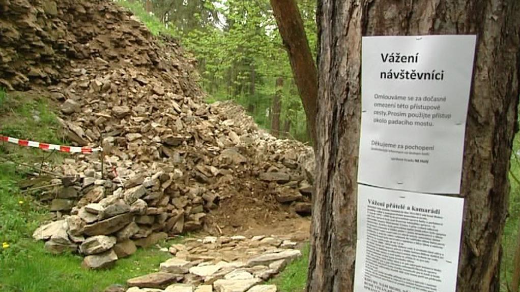 Zřícená bašta hradu Buben