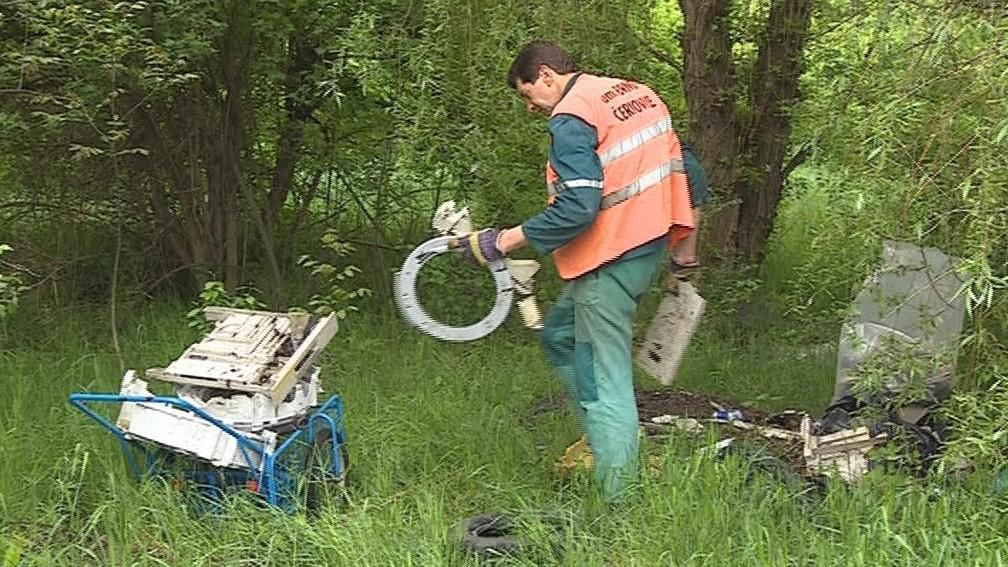 Měsíčně přibude jen v brněnských Černovicích patnáct skládek