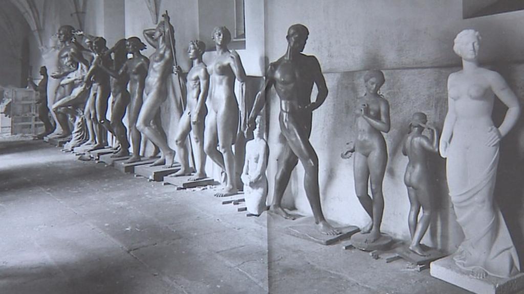 Někdejší Hitlerova sbírka ve vyšebrodském klášteře