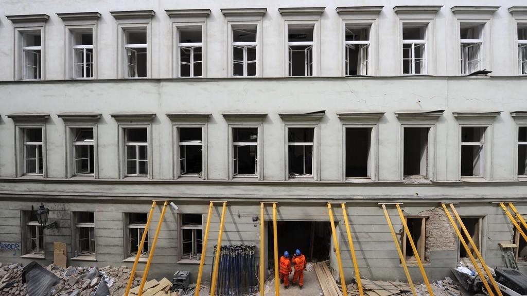 Pohled na dům v Divadelní ulici