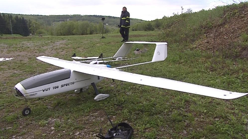 Hasičům pomůže i bezpilotní letoun