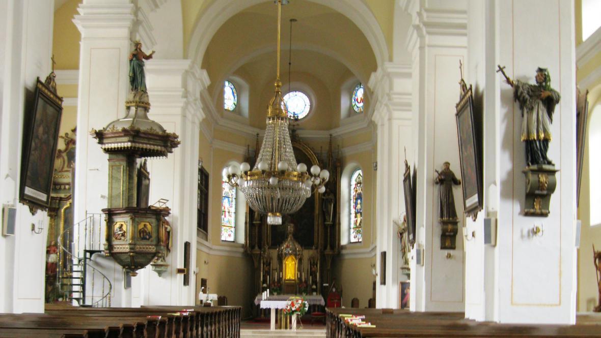 kostel Nanebevzetí Panny Marie v Jeseníku