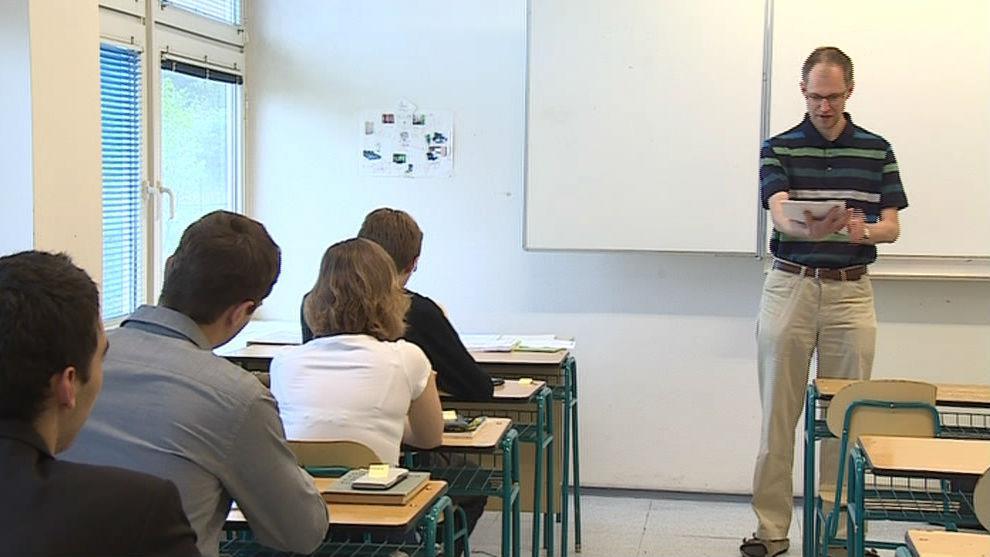 Rozdávání maturitních zadání na Gymnáziu Matyáše Lercha v Brně